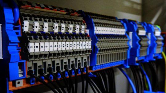 Unternehmen SKS Erfolgsstory - Elektronik Schaltkreise
